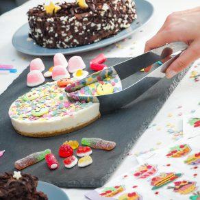 Nož za rezanje i serviranje