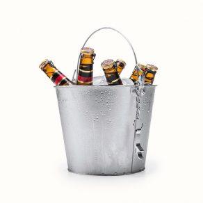 Posuda za led s otvaračem za boce i ručkom