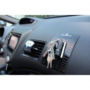 Silikonska protuklizna podloga za auto