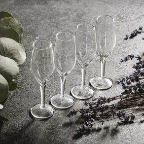 Set čaša za žestoka pića na stalku, 4 kom