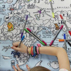 EatSleepDoodle - stolnjak karta svijeta i perivi markeri