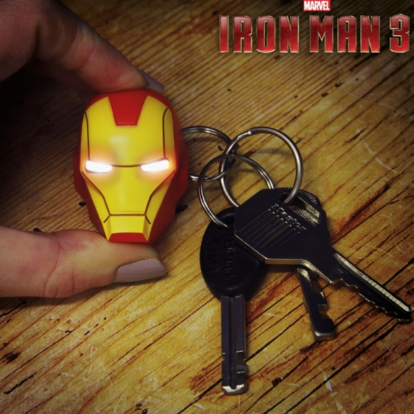 Marvel – LED privjesak za ključeve Iron Man