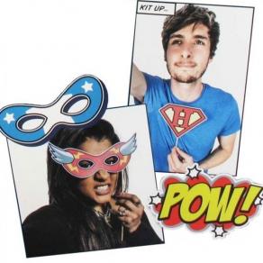 Set dodataka za selfije Superhero