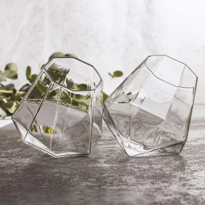Set čaša za žestoka pića – dijamant, 2 kom